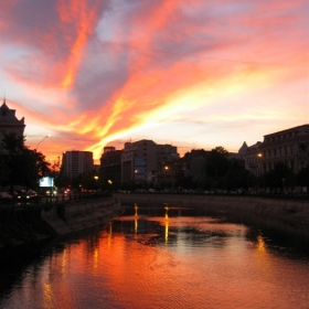 Apus in Bucuresti