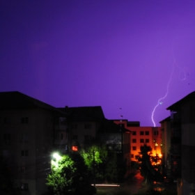furtuna peste oras