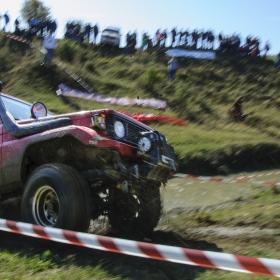 Incline 4x4 Jeep