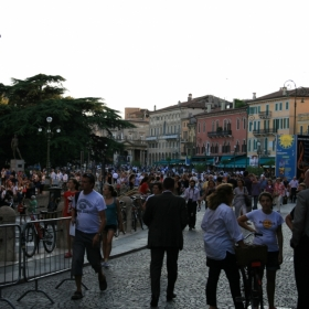 Piazza Bra,la ora de varf:))