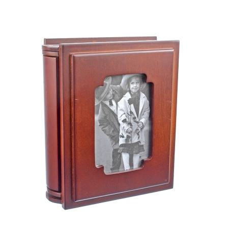 Album foto din lemn personalizabil tip carte, 10x15, Maro