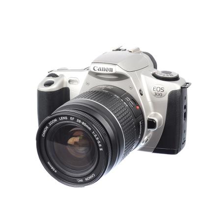 Canon EOS 300 + Canon 28-80mm f/3.5-5.6 II - SH7320-6
