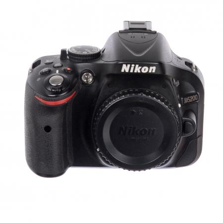 Nikon D5200 body SH125030433