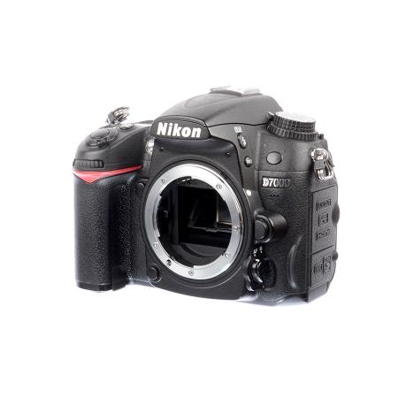 Nikon D7000 body - SH7479-1