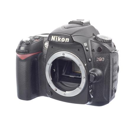 Nikon D90 + Grip MB-D80 - SH7446-1