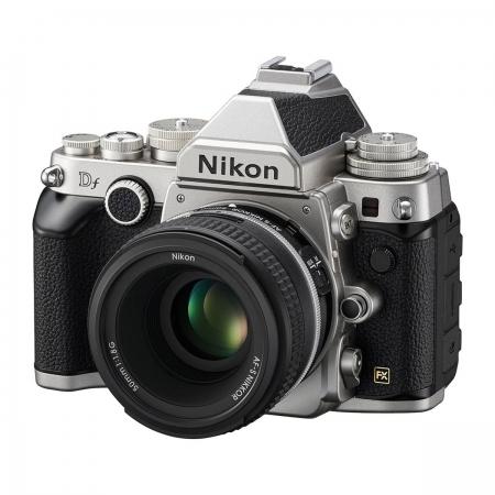 Nikon Df kit 50mm f/1.8 argintiu