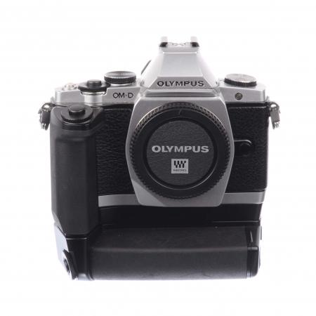 Olympus E-M5 + Grip Olympus Grip HLD-6 SH7566-2