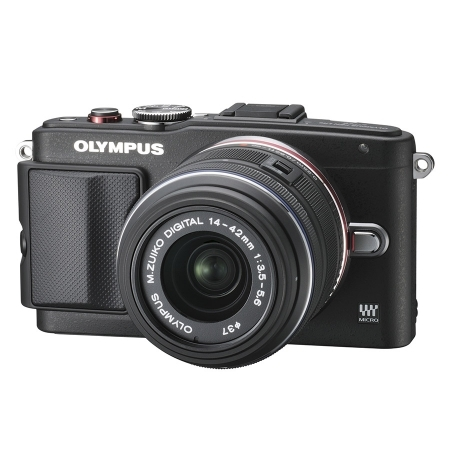 Olympus E-PL6 Body black + EZ-M1442 II R black (standard manual zoom lens) RS125022202