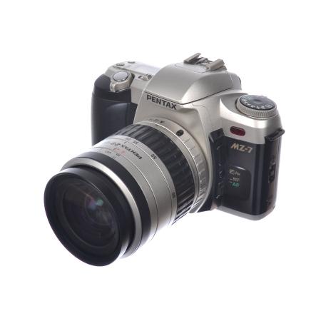 Pentax MZ-7 + Pentax 28-80mm f/3.5-5.6 + Blit Sigma + Grip - SH6610-2