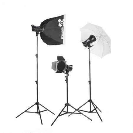Quadralite Up! 700 Kit - Set 3 blituri studio