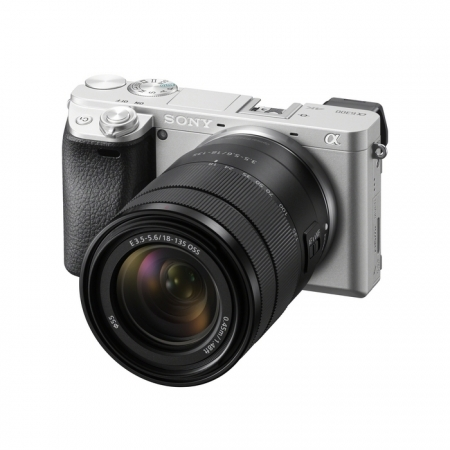 Sony Alpha A6300 Silver kit Sel18-135mm OSS