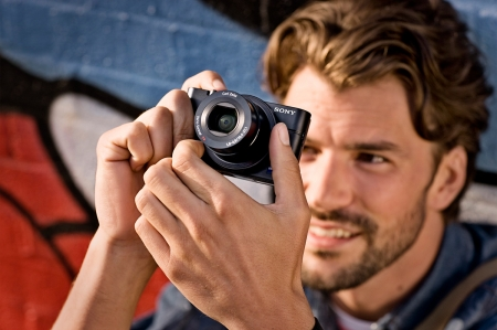 Sony Aparat foto DSC-RX100 20.0Mp Ob 10.4 -37.1mm Zeiss f/1.8 RS1049770-6