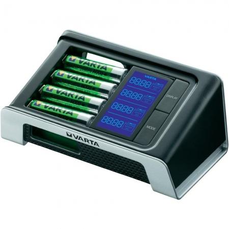 Varta - Incarcator Ultra Fast cu LCD + 4 Acumulator AA R6 2400 mAh 12V