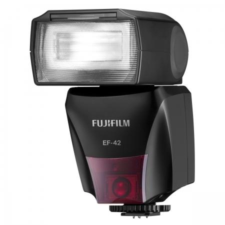 Fujifilm EF-42 Blitz pentru aparatele Fujifilm