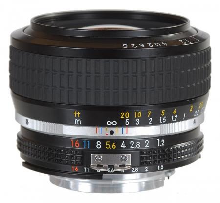 Nikon 50mm f/1.2 AI -Manual focus
