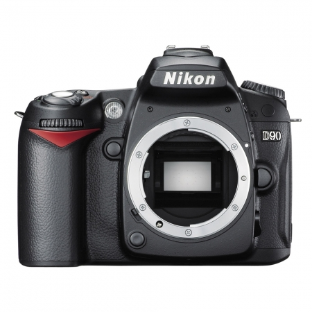 Nikon D90 body  -  12.3 MPx, 11pct focus, LCD 3 inch,  Filmare HD, LiveView